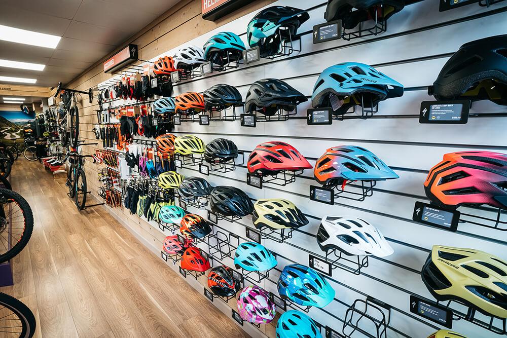Hot Pursuit Cycles - Helmets